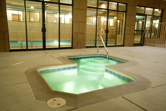 Holiday Inn Express Montrose - Townsend: Hot Tub