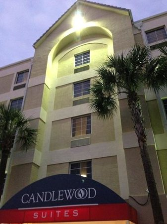 Candlewood Suites Ft. Lauderdale Air/Seaport: Front