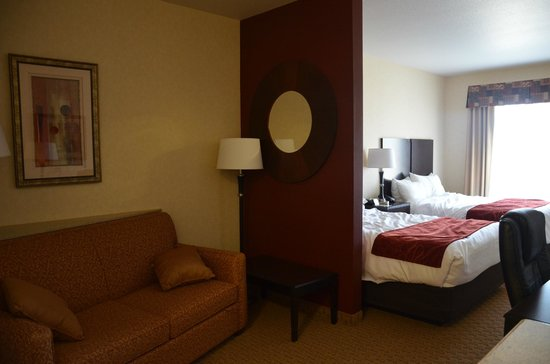 Comfort Suites Barstow: Room divider