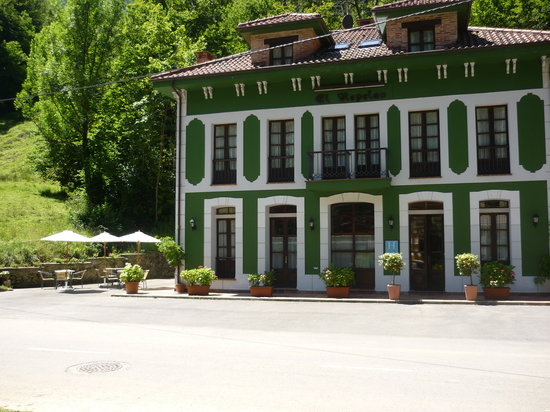Photo of Hotel El Repelao Covadonga