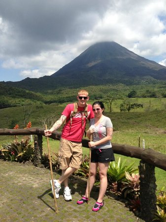 Out of Bounds Hotel: Arenal Volcano