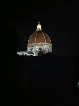 Dei Mori Bed and Breakfast: lovely view of the Duomo from Dei Mori