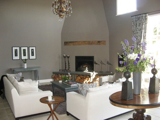 Maison Grange: living area