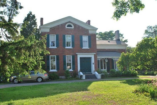 ‪Mackechnie House Bed and Breakfast‬