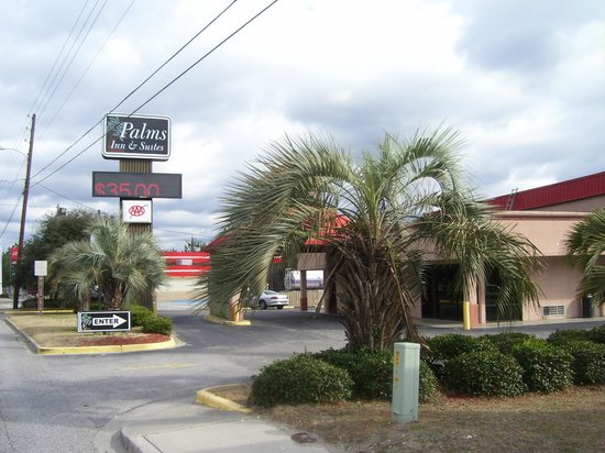 Photo of Palms Inn & Suites Walterboro