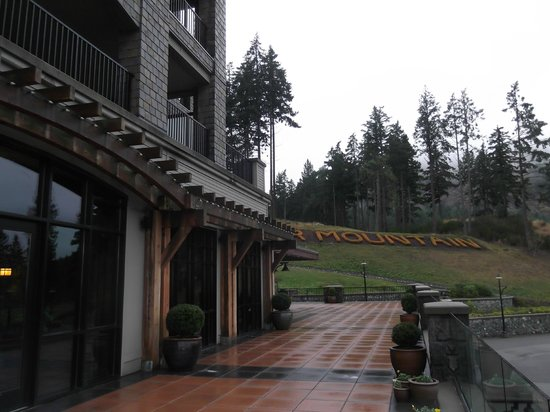 Westin Bear Mountain Victoria Golf Resort & Spa: From the Dining Patio