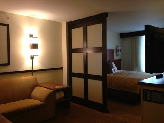 Hyatt Place Seattle/Downtown: our king bedroom