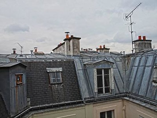 Faubourg 216 - 224: The rooftops of Paris