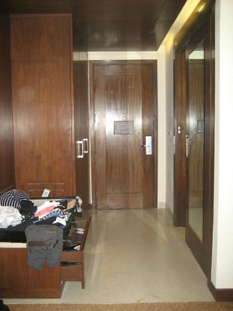 DoubleTree by Hilton Gurgaon-New Delhi NCR : Zimmer