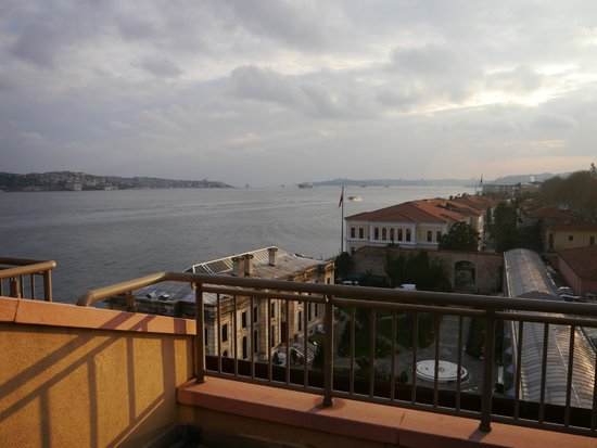 Radisson Blu Bosphorus Hotel, Istanbul: View from our balcony looking towards Istanbul