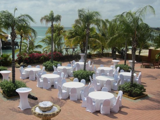 Aruba Surfside Marina : wedding :) 