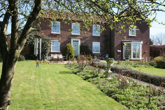 Corfield House Bed & Breakfast