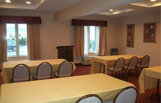 BEST WESTERN PLUS Providence-Seekonk Inn: Meeting Room