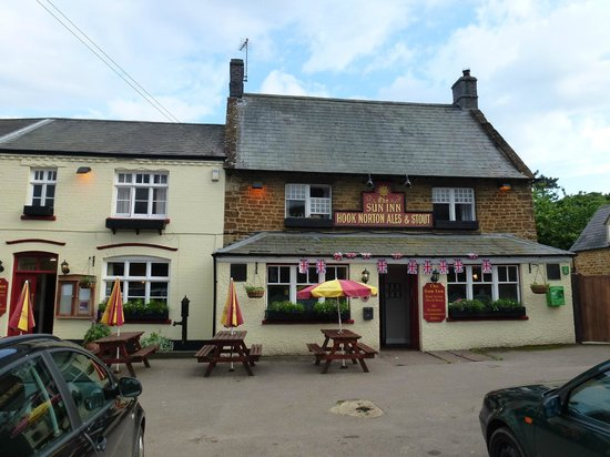 Hook Norton, UK: The Sun Inn