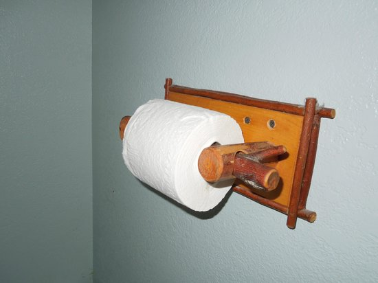3 Peaks Resort and Beach Club: Toilet paper holder