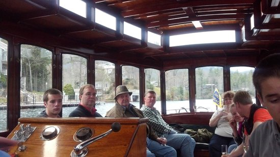 Lake Toxaway, NC: Daily Champagne Cruise on Miss Lucy