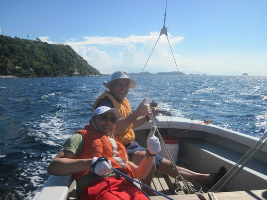 Anilao, Filipiny: Sailing