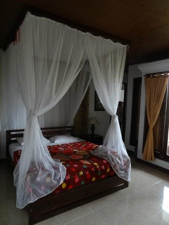 Puri Alam Bali Bungalows: chambre