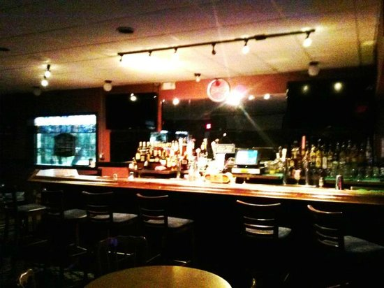 Winter Haven Suites and Conference Center: Cypress Bar