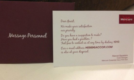 Mercure La Rochelle Vieux Port Sud : The message on your bed
