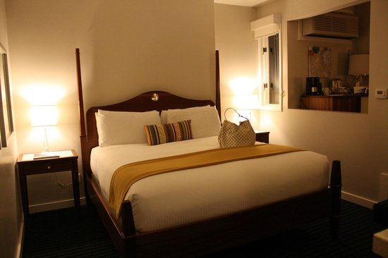 Casa Madrona Hotel and Spa: super comfy bed