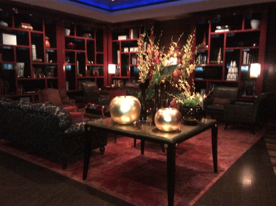 Millennium Bostonian Hotel: Lobby at Thanksgiving