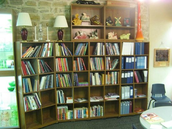 Wellington, KS : The library of glass reference books 