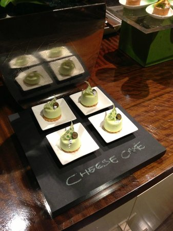 The Ritz-Carlton, Los Angeles: Example Club Lounge Presentation for St. Patrick's Day