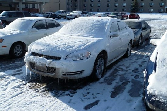 Microtel Inn & Suites by Wyndham Rapid City: Hotel Car Park after snowstorm!