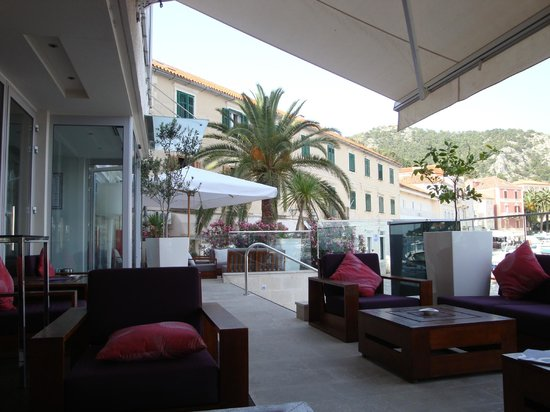 Hotel Adriana: terrace cafe