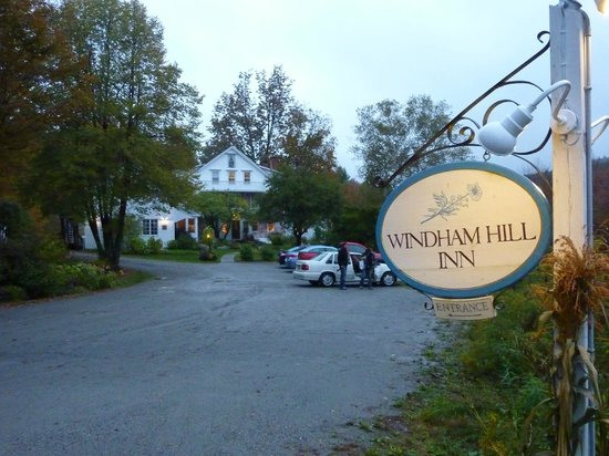 Windham Hill Inn: entrance