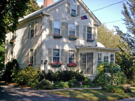 Photo of Nichols Guest House Bed and Breakfast Seekonk
