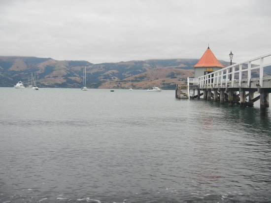 Akaroa Criterion Motel: Short walf from the Criterion