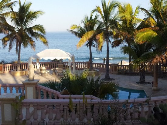 Los Frailes, Meksyk: Villa del Faro pool by the sea