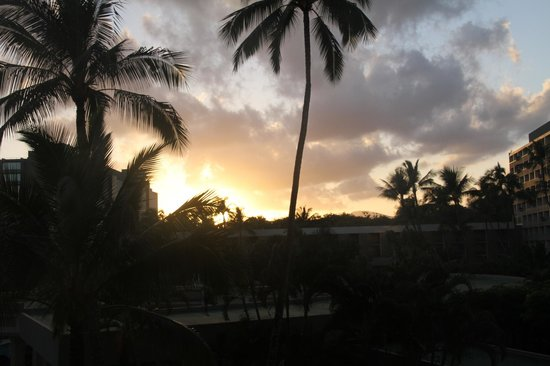 Marriott's Kaua'i Beach Club: Sunset from Balcony