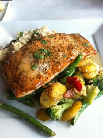 Menominee, MI : Bourbon glazed salmon
