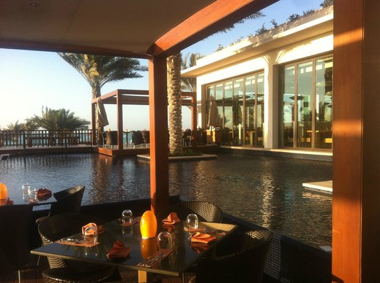 The St. Regis Saadiyat Island Resort: RESTAURANT