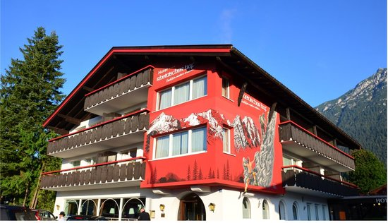 Photo of Hotel Rheinischer Hof Garmisch-Partenkirchen