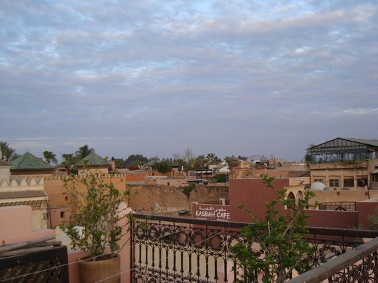 Riad Amin: View from roof terrace - it is possible to have breakfast up here.