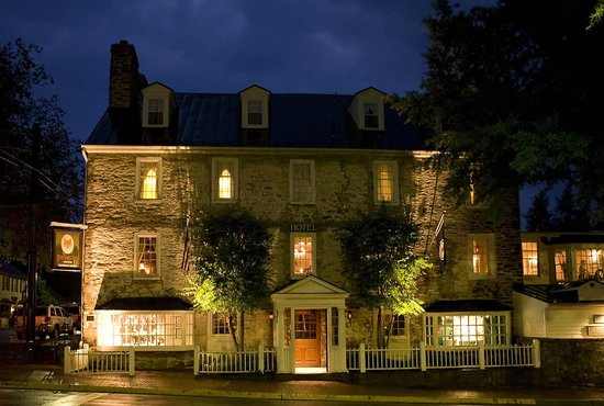The Red Fox Inn & Taver