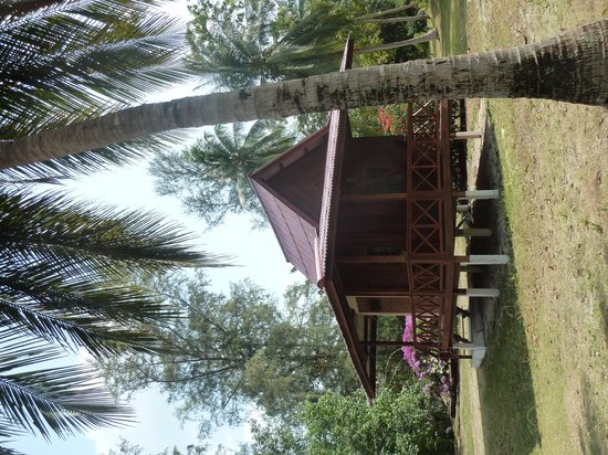 Wattana Resort: Wooden fan bungalow