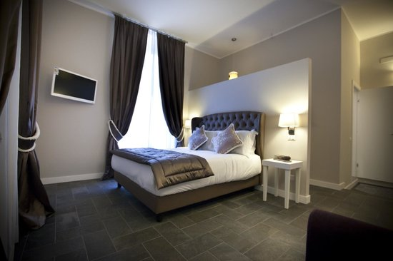 Chic town luxury rooms rome italy b b reviews for Hotel rome chic