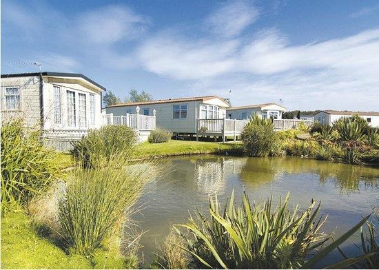 Manor Park Holiday Park - Park Resorts