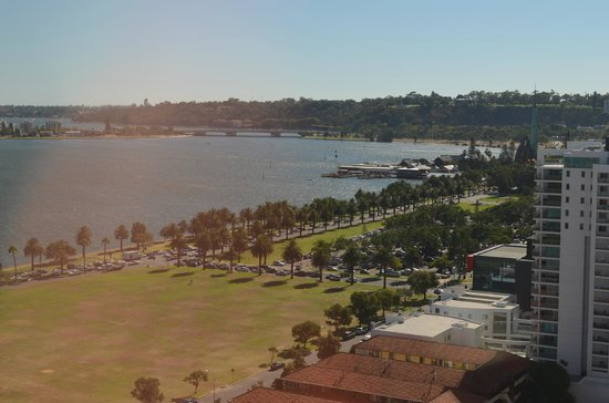 Pan Pacific Perth: View during the day from our room.