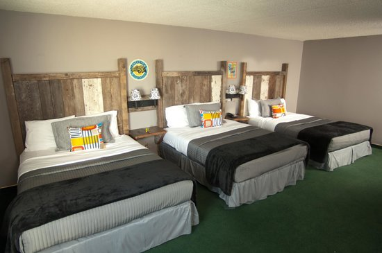 Abe's of Okoboji Hotel & Suites