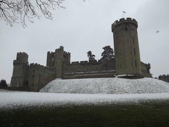 Entrance to warwick castle. - Picture of Warwick Castle, Warwick