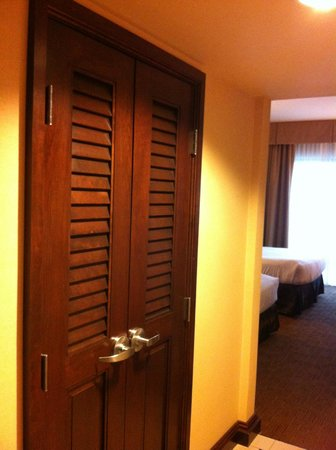 Ameristar Casino Hotel Kansas City: Closet