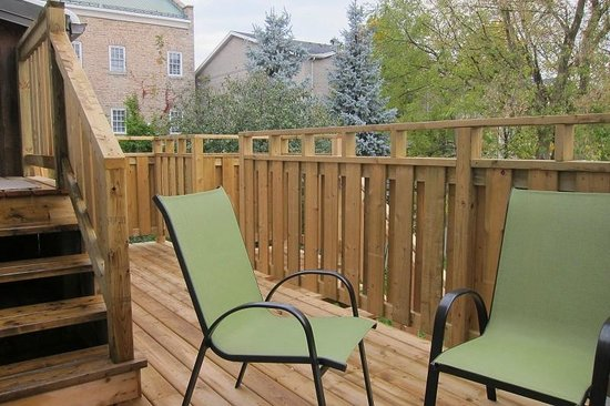 Merrickville, Canada: Back Suite Deck