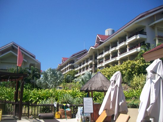 Alta Vista de Boracay: view of some rooms from the pool area