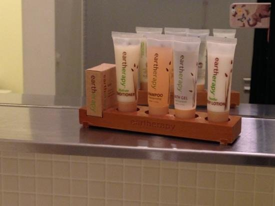 NU Hotel: great bath products